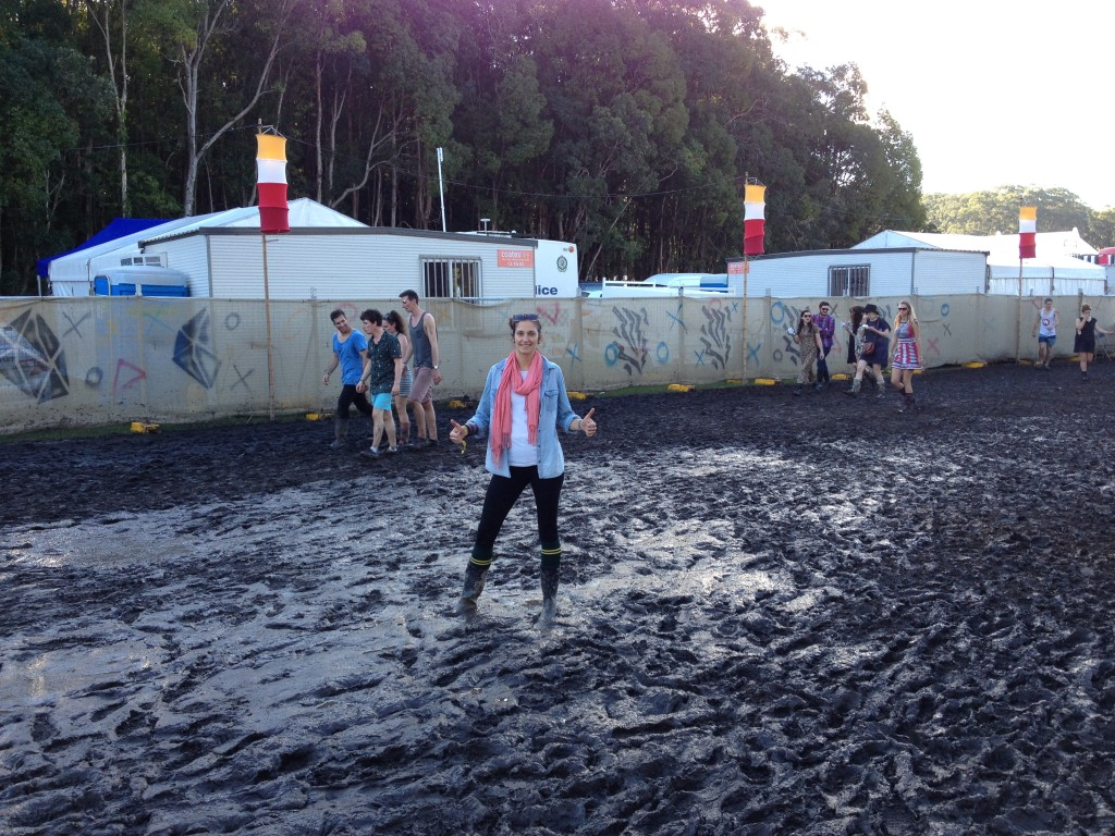 Cherelle in the mud at Splendour - what a physio!